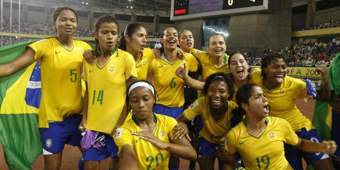 Les Brésiliennes après leur victoire en demi-finale du Mondial 2007.