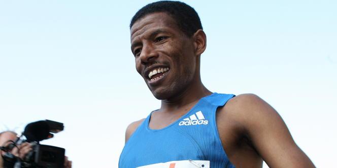 Haile Gebreselassie lors du 36e marathon de Berlin, en 2009.