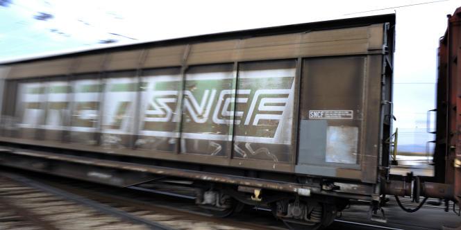 Une société mère chapeautera la SNCF et le GIU, qui gère le réseau ferré hexagonal.