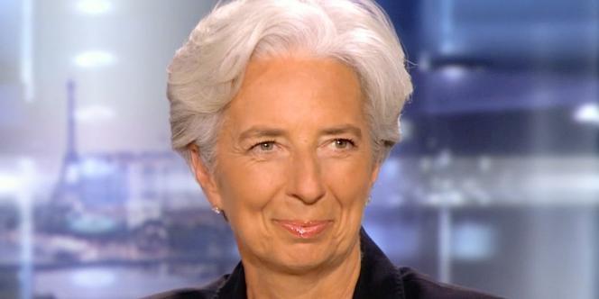 Christine Lagarde sur le plateau du journal de 20h de TF1, le 28 juin 2011.