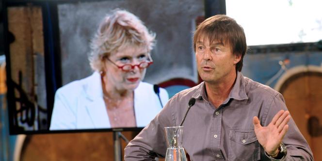 Nicolas Hulot, deuxième à l'issue du premier tour de la primaire écologiste, a affirmé qu'il continuerait à