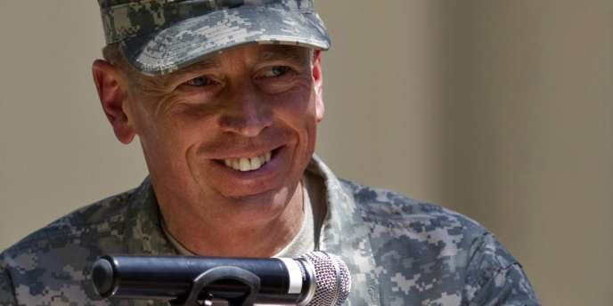 Le général David Petraeus confirmait le 4 juillet 2011 avoir été nommé directeur de la CIA.