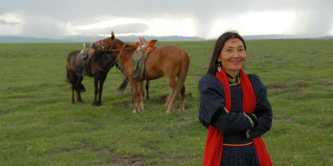 Urna Chahar-Tugchi dans le film mongol de Byambasuren Davaa,
