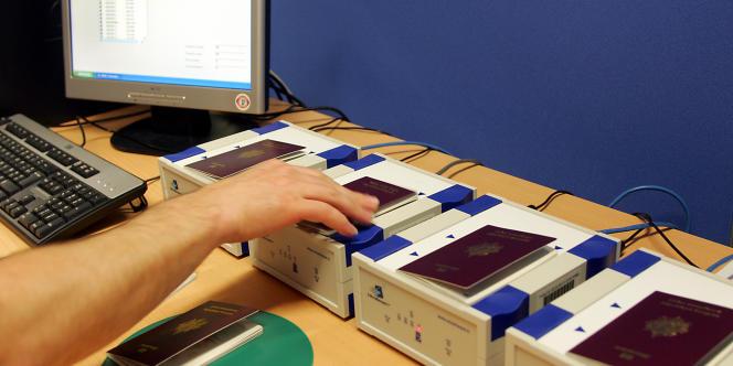 Passeports biométriques.