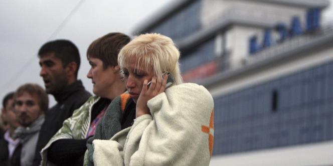 Une survivante du naufrage, dimanche 10 juillet 2011.
