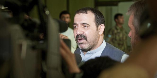 Personnalité très controversée de la scène politique afghane, Ahmed Wali Karzaï était le chef du conseil provincial de Kandahar.