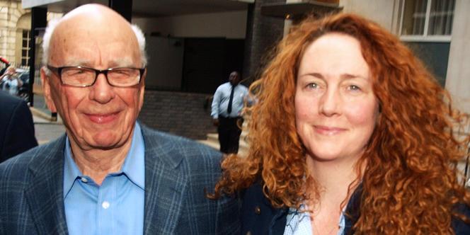 Rebekah Brooks, aux côtés de Rupert Murdoch.