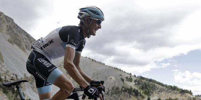 Andy Schleck lors de la montée du col d'Izoard, sur le Tour de France, en 2011.
