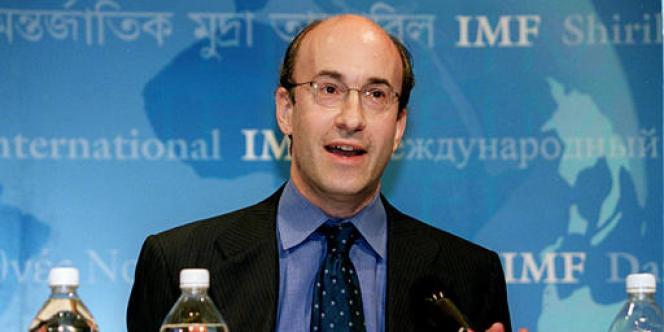 Kenneth Rogoff a reconnu la faute, assurant, dans une lettre datée du 17 avril, qu'il