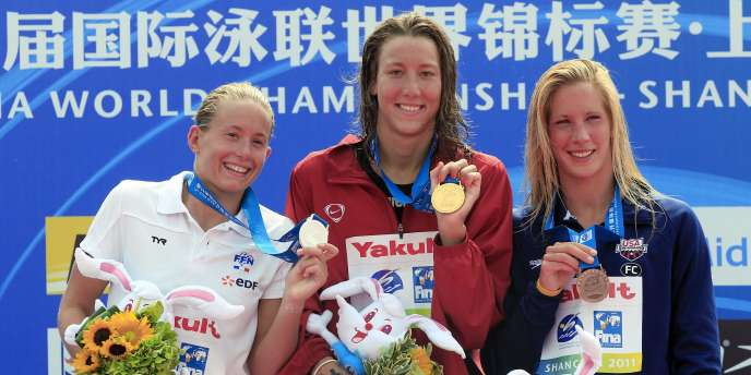 Aurélie Muller (à gauche), avec la Suissesse Oberson et l'Américaine Twichell.