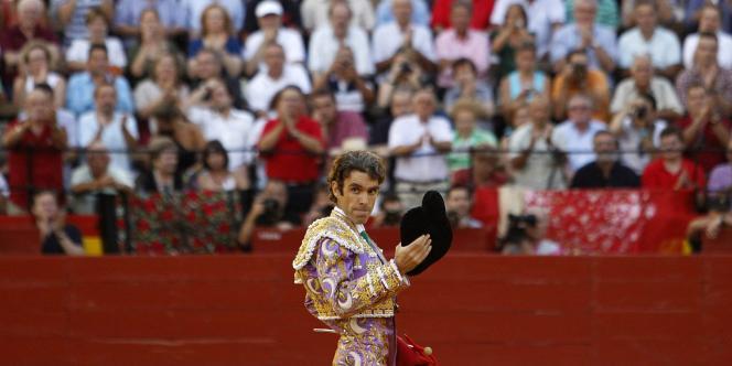 Le torero espagnol José Tomas lors de son retour dans l'arène de Valence (Espagne), le 23 juillet 2011.