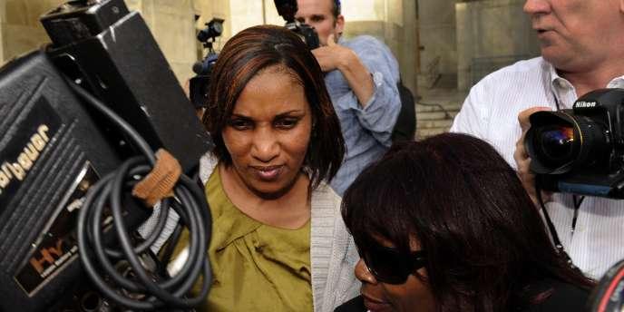 Nafissatou Diallo, à sa sortie du bureau du procureur de Manhattan, mercredi 27 juillet.