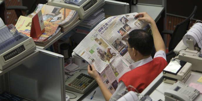 La Bourse de Hongkong profite des barrières imposées aux investisseurs étrangers par la Chine.