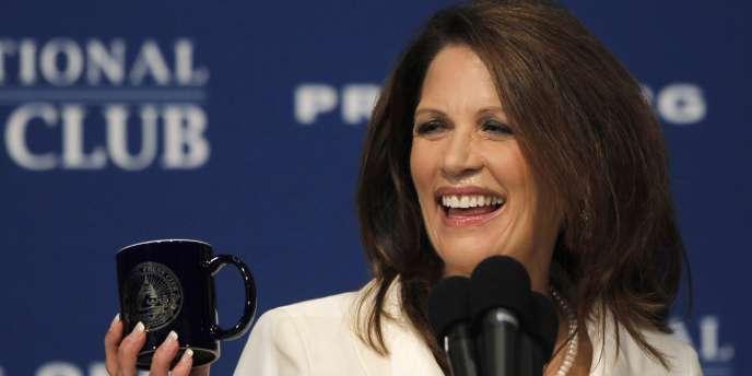 Michele Bachmann, membre du Tea Party, est élue à la Chambre des représentants et candidate déclarée à la primaire républicaine pour l'élection présidentielle de 2012.