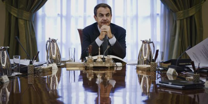 L'ancien chef du gouvernement espagnol José Luis Rodriguez Zapatero explique