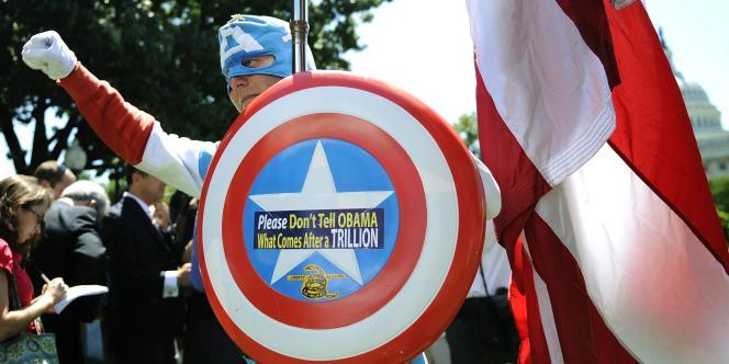 Un sympathisant du Tea Party, le 27 juillet, à Washington.
