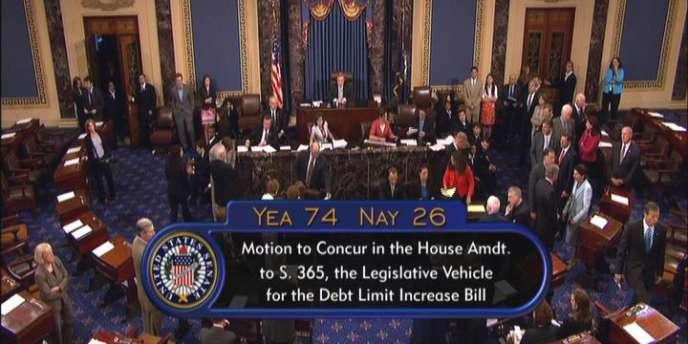 Le Sénat devait rassembler au moins 60 voix sur 100 pour pouvoir approuver le texte sur le relèvement du plafond de la dette.