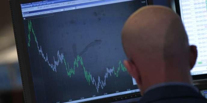 Les mesures prises en juillet n'ont pas ramené le calme. Les taux italiens et espagnols atteignent des records.
