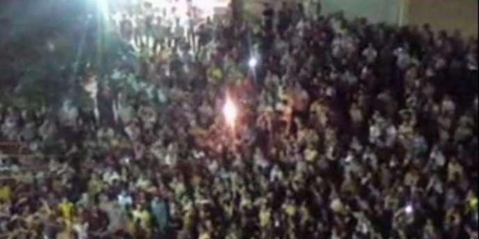 Malgrés les mesures d'ouverture annoncées par le président syrien Bachar Al-Assad, de nouvelles manifestations ont été organisées dans le pays.