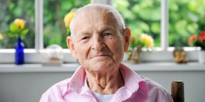 Rudolf Brazda, le 1er juin 2010, dans son domicile en Alsace.