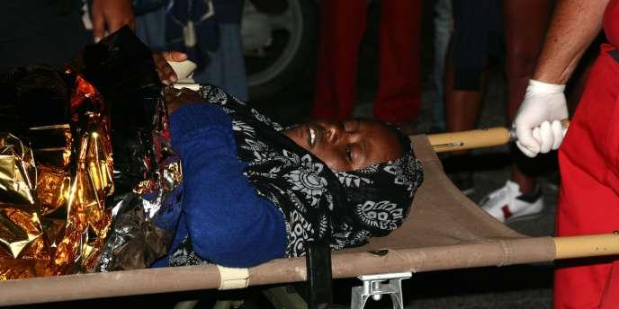 Selon une survivante, une centaine de personnes sont mortes durant la traversée.