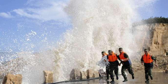 Le typhon Muifa arrive sur les côtes chinoises et japonaises.