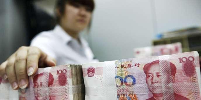 Vendredi 28 février, il fallait 6,18 yuans pour 1 dollar, la monnaie chinoise réalisant au passage sa plus forte chute quotidienne depuis 1994.