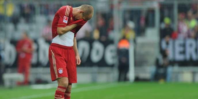 Arjen Robben, dépité lors de la première journée, tentera de porter le Bayern vers la victoire samedi à Wolfsburg.
