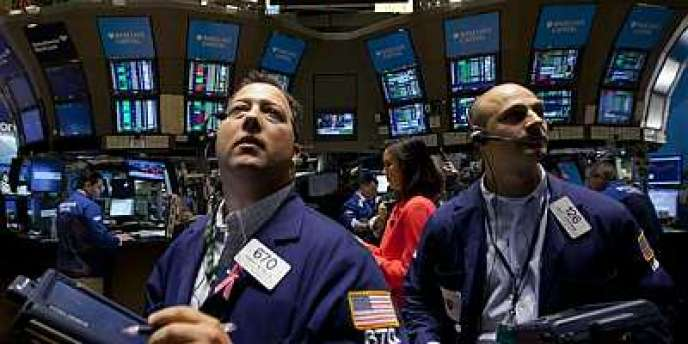 Des traders à Wall Street le 5 aout 2011