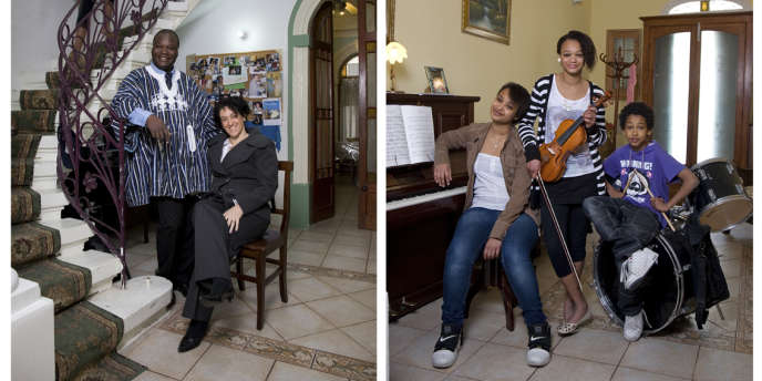 Ahmed et Marcelle et leurs trois enfants, Jasmine (13 ans), Naomi (14 ans) et Ezehiel (9 ans). Naomi vient de passer une audition pour un clip de musique et espère être prise.