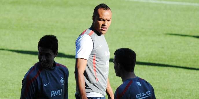 Younes Kaboul devrait être titulaire en défense centrale mercredi face au Chili.