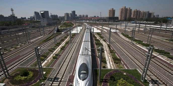 La deuxième économie du monde a aujourd'hui le plus long réseau de lignes à grande vitesse, totalisant 8 358 kilomètres fin 2010.