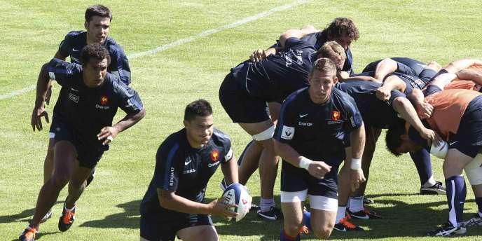 Les joueurs du XV de France à l'entraînement, le 11 août près de Bordeaux.