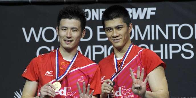 Le double messieurs a été remporté par les Chinois Yun Cai et Haifeng Fu.