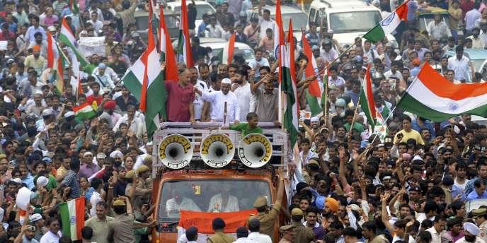 L'activiste indien Anna Hazare dans les rues de Delhi, en août 2011.