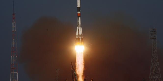 Le vaisseau russe Progress M12-M lancé du cosmodrome de Baïkonour, au Kazakhstan, à destination de la Station spatiale internationale (ISS) a échoué à rejoindre la bonne orbite.