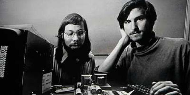 C'est dans le garage de sa maison d'enfance de Los Altos, en Californie, que Steve Jobs a construit, avec Steve Wozniak, les premiers ordinateurs de la marque à la pomme.