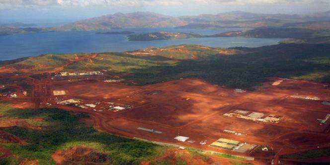 L'indépendance de la Nouvelle-Calédonie est rendue en partie possible par la manne financière représentée par l'exploitation du nickel.
