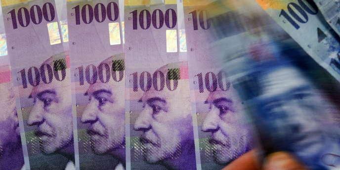 Des coupures de 1000 francs suisses.