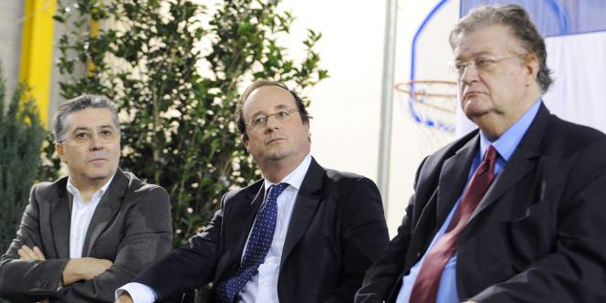 Robert Navarro, François Hollande et Georges Frêche, en 2008, lors d'un meeting de soutien à Hélène Mandroux, maire de Montpellier.