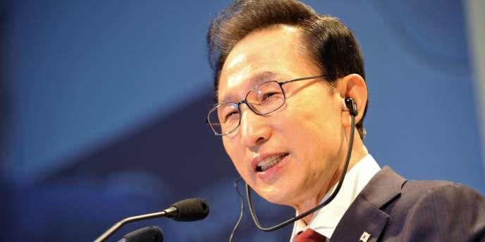 Le président sud-coréen Lee Myung-bak,à Singapour en juin 2010.