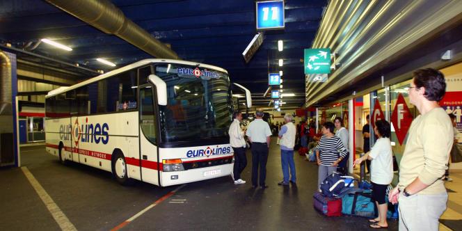 La compagnie Eurolines est désormais autorisée à desservir des villes françaises.