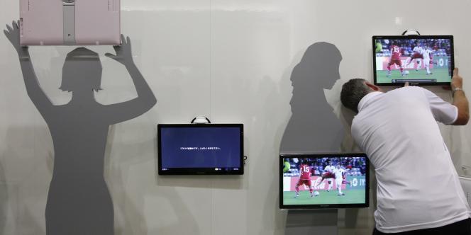 Stand du groupe nippon Sharp sur le Salon IFA de Berlin en septembre 2011