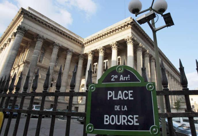 La grille du Palais Brongniard, place de la Bourse à Paris.