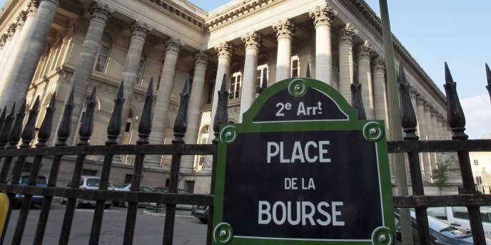 Le palais Brongniard, place de la Bourse, à Paris.
