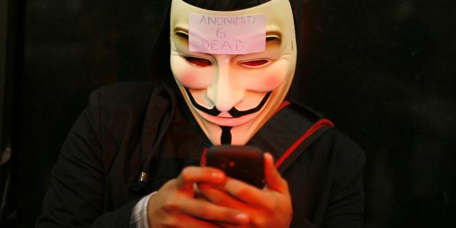 Lors d'une manifestation organisée par les Anons, en août 2011, contre la direction de BART.