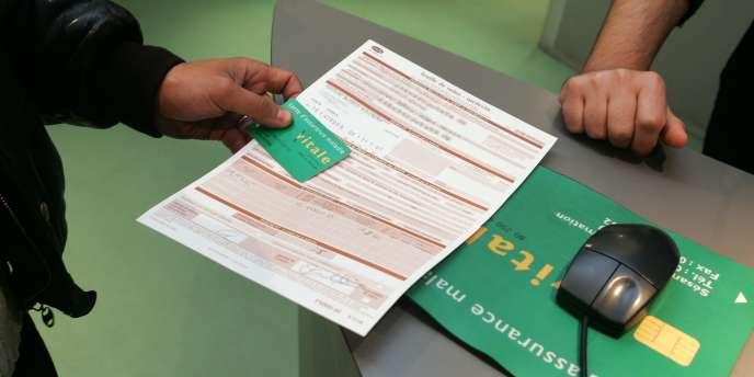 Depuis le 1er janvier, les complémentaires santé doivent envoyer à leurs clients le montant de leurs frais de gestion.