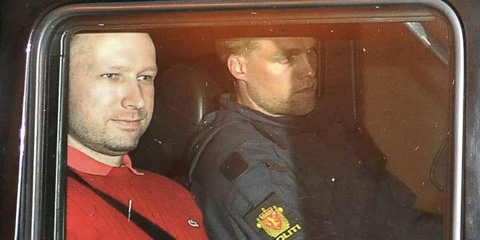 Anders Behring Breivik a reconnu être l'auteur des attentats qui ont coûté la vie à 77 personnes.