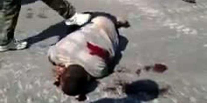 Image extraite d'une vidéo postée sur YouTube, illustrant la répression du mouvement de contestation du régime syrien à Homs, le 7 septembre.