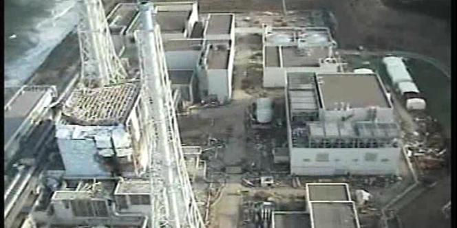 Vue aérienne du réacteur n° 1 de Fukushima, le 10 avril.